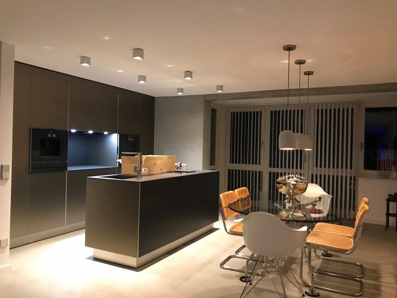 Beispielhafte Szenarien für eine ansprechende Lichtplanung der Küche