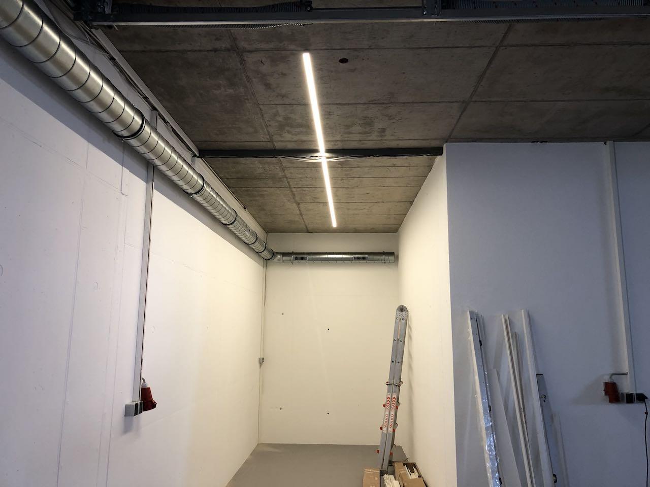 helle Garagenbeleuchtung