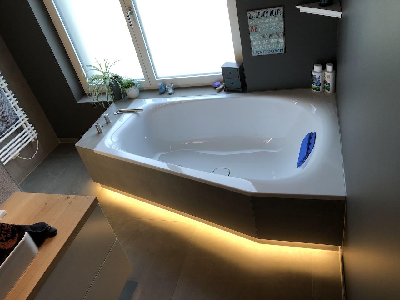 Indirekte Badewannebeleuchtung mit LED